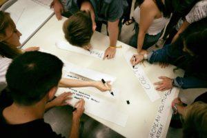 Contre la crise, la solidarité : pour l'auto-organisation des étudiant·e·x·s en temps d'épidémie